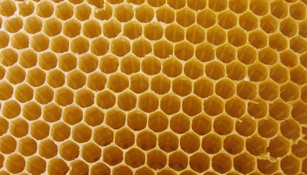 4367344-honeycomb-wallpaper